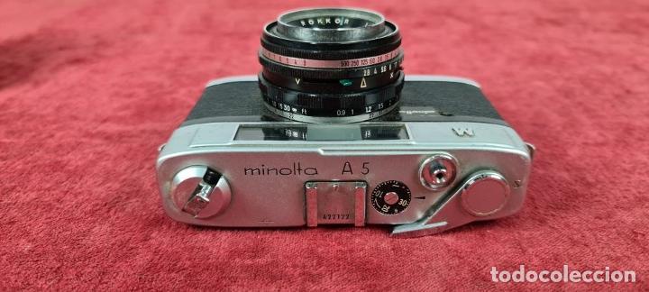 Cámara de fotos: CAMARA FOTOGRAFICA MINOLTA MODELO A-5. JAPÓN. FUNDA ORIGINAL DE CUERO. 1960. - Foto 7 - 240795190