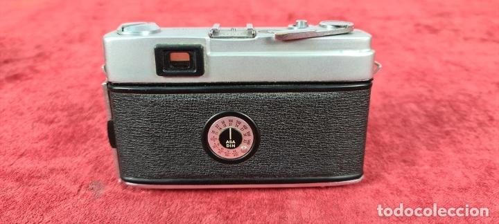 Cámara de fotos: CAMARA FOTOGRAFICA MINOLTA MODELO A-5. JAPÓN. FUNDA ORIGINAL DE CUERO. 1960. - Foto 8 - 240795190