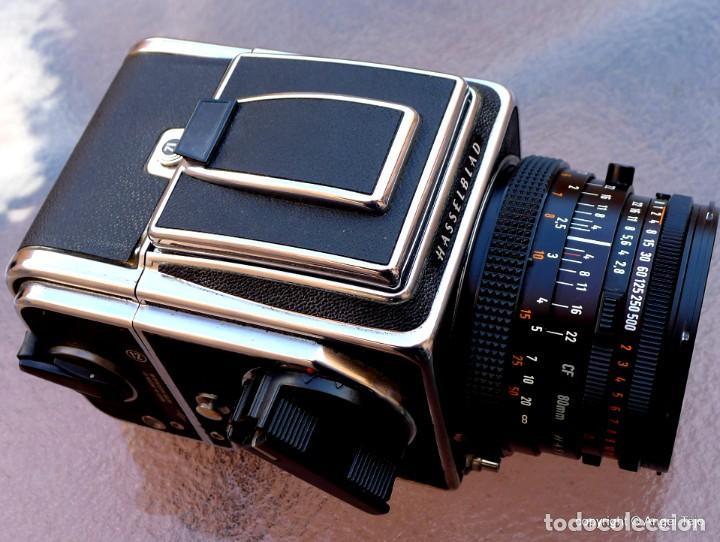 Cámara de fotos: HASSELBLAD 500 CM CLASSIC. Planar 80 F/ 2,8 T*.CF Series, Chasis A-12. - Foto 6 - 246706970