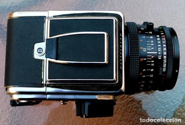 Cámara de fotos: HASSELBLAD 500 CM CLASSIC. Planar 80 F/ 2,8 T*.CF Series, Chasis A-12. - Foto 7 - 246706970
