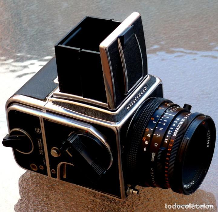 HASSELBLAD 500 CM CLASSIC. PLANAR 80 F/ 2,8 T*.CF SERIES, CHASIS A-12. (Cámaras Fotográficas - Réflex (no autofoco))