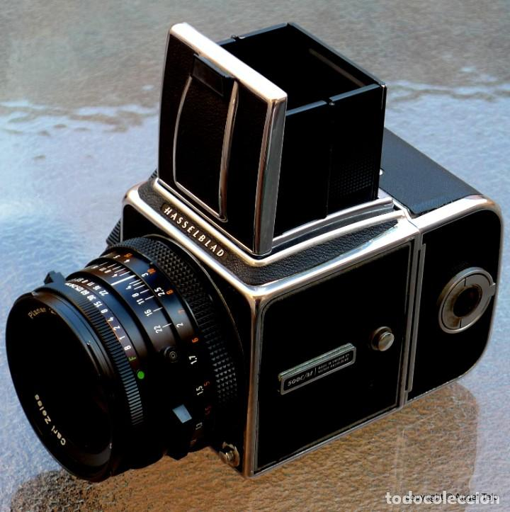 Cámara de fotos: HASSELBLAD 500 CM CLASSIC. Planar 80 F/ 2,8 T*.CF Series, Chasis A-12. - Foto 2 - 246706970