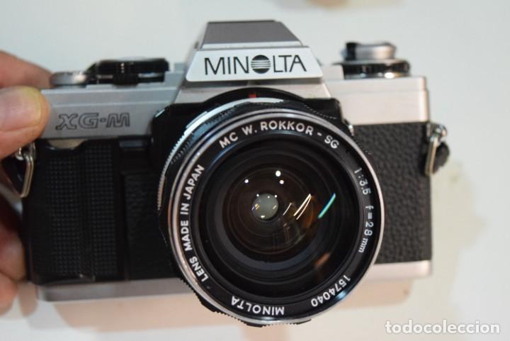 MINOLTA XG M CON ROKKOR -MINOLTA 28 MM. (Cámaras Fotográficas - Réflex (no autofoco))