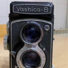 Cámara de fotos: YASHICA B. Lote 294068333