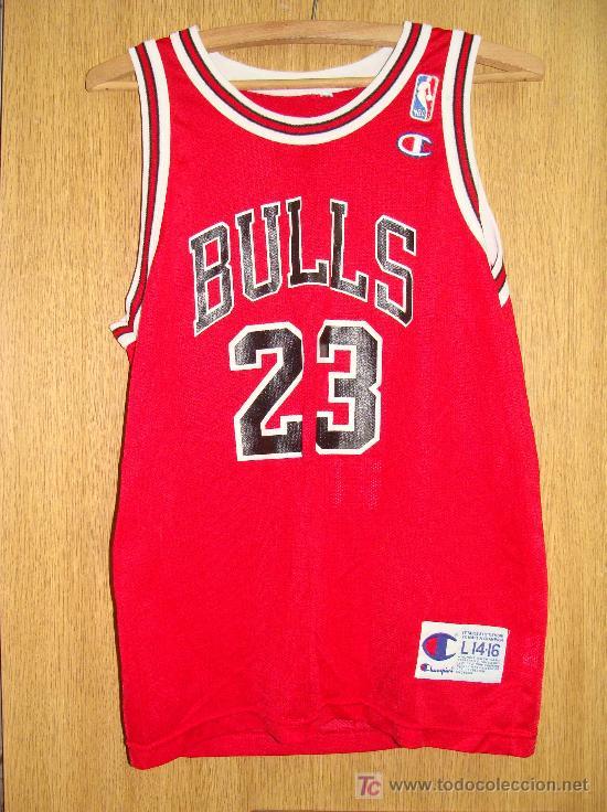 CAMISETA DE BALONCESTO. NBA. CHICAGO BULLS. Nº 23. MICHAEL JORDAN.  CHAMPIONS. TALLA L 14 - 16. 74ee3f63ef7ed
