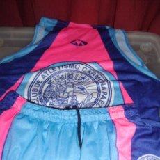 Coleccionismo deportivo: EQUIPACION DE ATLETISMO CARMONA PAEZ TALLA XL USADO. Lote 44325670