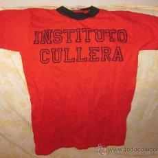Coleccionismo deportivo: CAMISETA DE INSITITUTO DE CULLERA(VALENCIA),100%ALGODÓN,AÑOS 60,A ESTRENAR. Lote 44118133