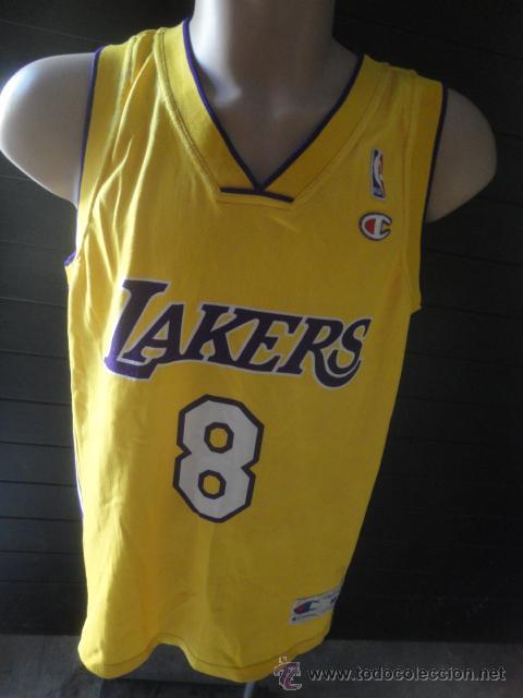 106c27cbc CAMISETA BASKET BALONCESTO OFICIAL NBA ORIGINAL CHAMPION JUGADOR BRYANT LOS  ANGELES LAKERS TALLA L (Coleccionismo
