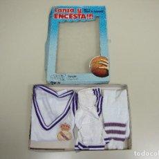 Coleccionismo deportivo: 818- EQUIPACION INFANTIL BALONCESTO REAL MADRID TALLA 4 AÑOS 70/80 NUEVO VINTAGE. Lote 119089783