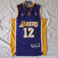 Coleccionismo deportivo: CAMISETA BALONCESTO LAKERS NBA ADIDAS HOWARD Nº 12 TALLA S. SIN USO (CON ETIQUETAS). Lote 120425815