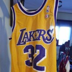 8522d168b CAMISETA ORIGINAL LOS ANGELES LAKERS. MAGIC JOHNSON. CHAMPION TALLA M. NBA.  BALONCESTO