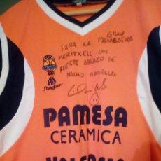 Coleccionismo deportivo: CAMISETA EQUIPO BALONCESTO PAMESA VALENCIA - NACHO RODILLA - SUDADA, FIRMADA Y DEDICADA. Lote 222741153