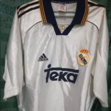 Coleccionismo deportivo: REAL MADRID L CAMISETA FUTBOL FOOTBALL SHIRT . Lote 140146366