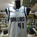 Coleccionismo deportivo: CAMISETA BASKET BALONCESTO NBA. DALLAS MAVERICKS. TALLA M. DORSAL 41 NOWITZKI. TDKDEP16. Lote 146414502