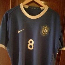 Coleccionismo deportivo: BRASIL XL (TARAS DORSAL Y CUELLO) CAMISETA FUTBOL FOOTBALL SHIRT . Lote 151596698