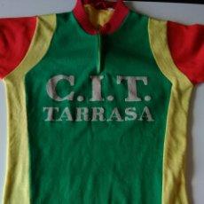 Coleccionismo deportivo: MAILLOT CICLISTA C.I.T. TARRASA VINTAGE. Lote 152785266