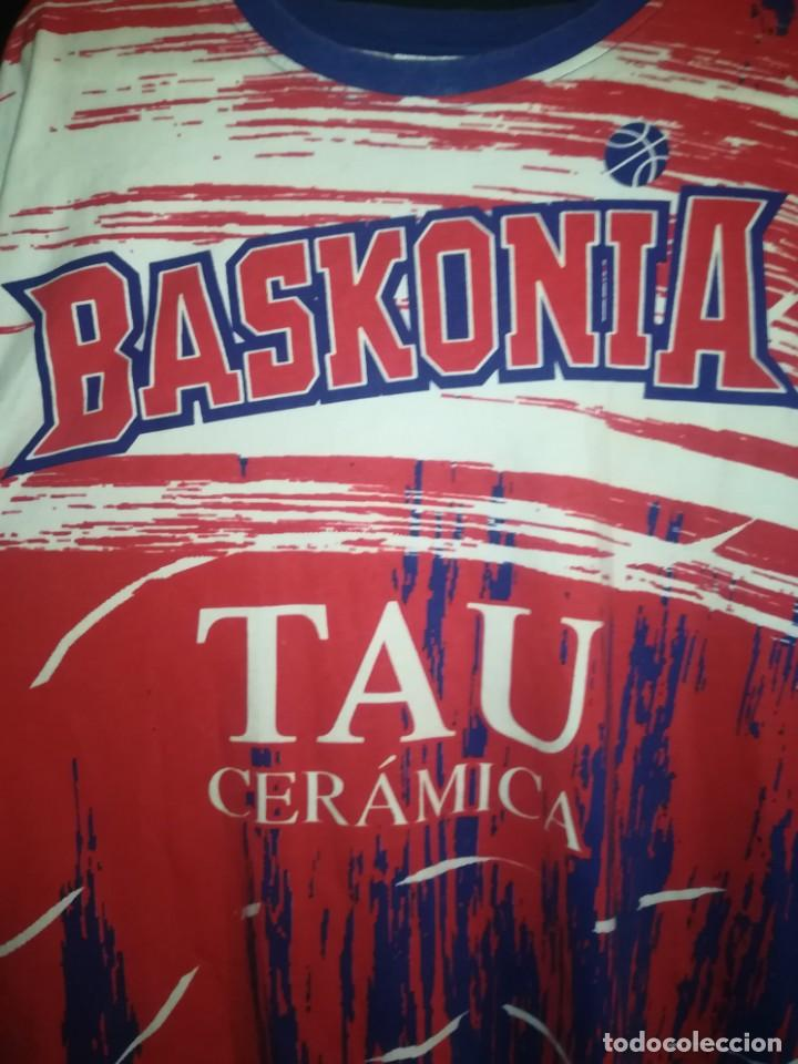 Coleccionismo deportivo: CAMISETA TAU BASKONIA, VITORIA - Foto 4 - 153869406
