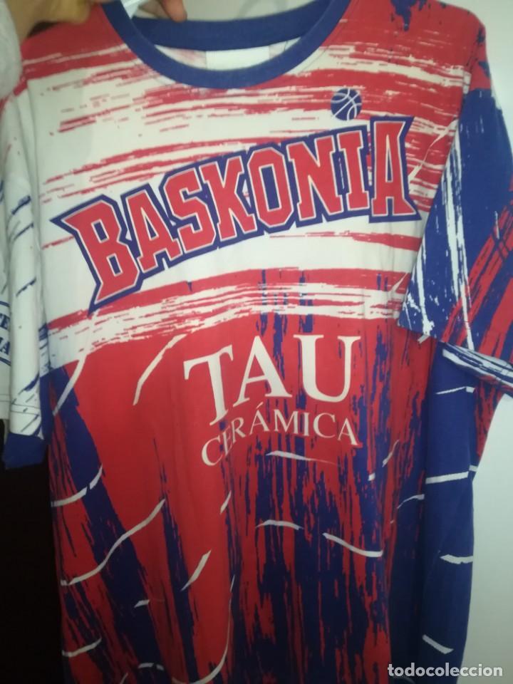 Coleccionismo deportivo: CAMISETA TAU BASKONIA, VITORIA - Foto 7 - 153869406