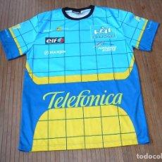 Coleccionismo deportivo: CAMISETA FERNANDO ALONSO. FÓRMULA 1. RENAULT. TELEFÓNICA. TALLA M. Lote 165484034