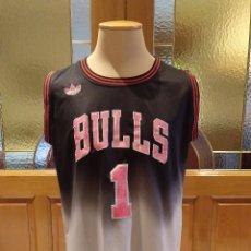 Coleccionismo deportivo: CAMISETA BALONCESTO NBA CHICAGO BULLS EDICION LIMITADA. TALLA M. ADIDAS DORSAL 1 ROSE. USADA.. Lote 175053354