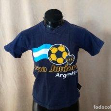 Coleccionismo deportivo: CAMISETA DE MANGA CORTA DEL BOCA JUNIORS, PRODUCTO OFICIAL, DE FÚTBOL. Lote 183086461