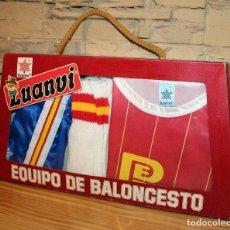 Coleccionismo deportivo: ANTIGUA EQUIPACION JUGADOR SELECCION ESPAÑOLA DE BALONCESTO - DE LUANVI - TALLA 4 NIÑO - AÑOS 80. Lote 198031247