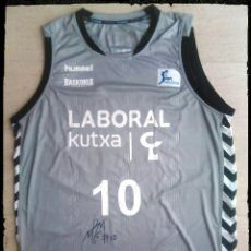 Coleccionismo deportivo: CAMISETA BALONCESTO BASKONIA BASKET ACB LABORAL KUTXA. Lote 198327702