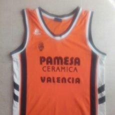 Coleccionismo deportivo: CAMISETA BALONCESTO VALENCIA BASKET ACB RAKOCEVIC. Lote 198502050