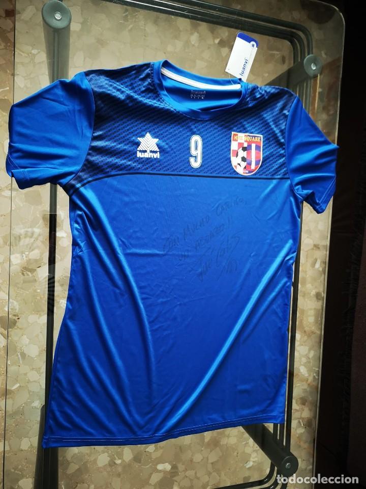 Coleccionismo deportivo: El jugador de fútbol sala JOSE CARLOS LÓPEZ dona equipación del SQUARE DUBROVNIK - Foto 3 - 210979372