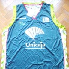 "Coleccionismo deportivo: CAMISETA T-SHIR OFICIAL UNICAJA MALAGA HUMMEL TALLA ""L"" NUEVA CON ETIQUETAS NEW. Lote 218203797"