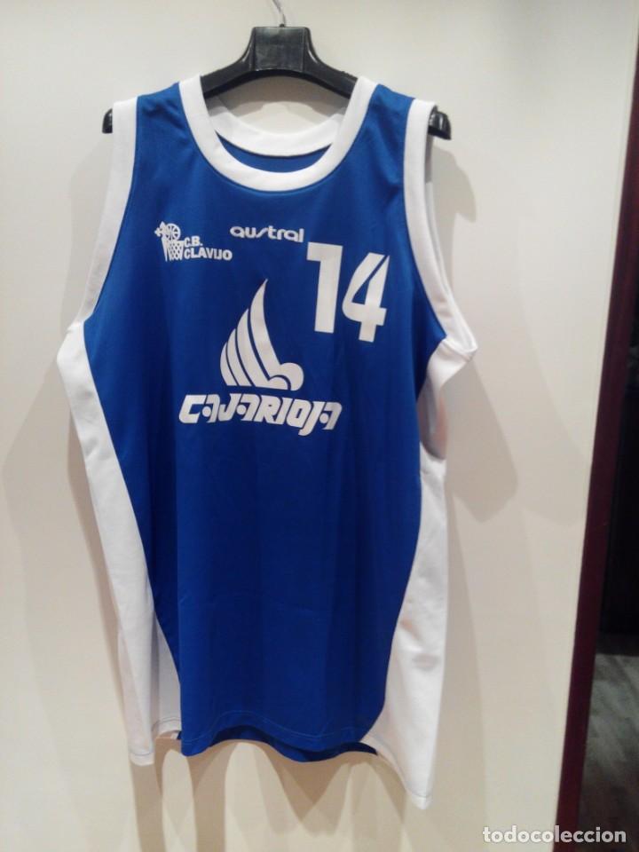 CAMISETA DE BALONCESTO DEL EQUIPO CLAVIJO ( LOGROÑO ) (Coleccionismo Deportivo - Ropa y Complementos - Camisetas otros Deportes)