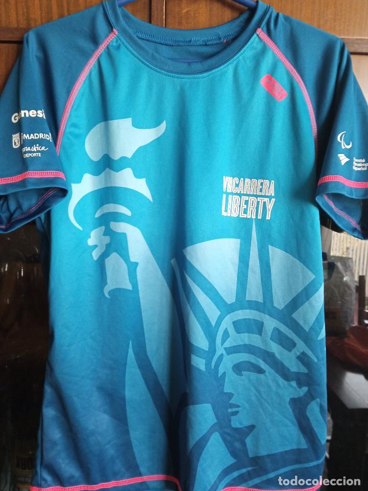 CAMISETA ATLETISMO RUNNING M LIBERTY SEGUROS (Coleccionismo Deportivo - Ropa y Complementos - Camisetas otros Deportes)