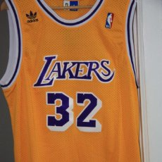 Coleccionismo deportivo: CAMISETA LOS ANGELES LAKERS (32, MAGIC JOHNSON). Lote 228234160