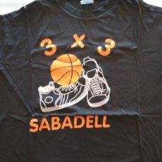 Coleccionismo deportivo: CAMISETA TORNEO 3 X 3 SABADELL BALONCESTO STREET BASKETBALL PATROCINADO POR VIENA RESTAURANTE. Lote 241546475