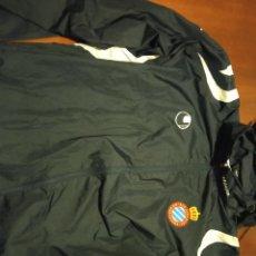Coleccionismo deportivo: CHUBASQUERO CHAQUETA TRAINING JACKET RCD ESPANYOL FUTBOL FOOTBALL L. Lote 244485075