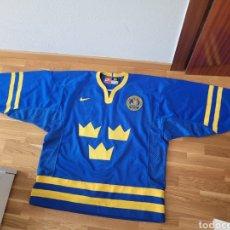 Coleccionismo deportivo: CAMISETA HOCKEY SWEDEN. Lote 263195800