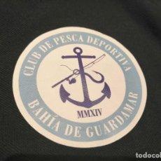 Coleccionismo deportivo: POLO CLUB DE PESCA DEPORTIVA BAHÍA DE GUARDAMAR. Lote 285751798