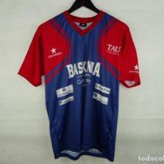 Coleccionismo deportivo: CAMISETA BALONCESTO TAU BASKONIA CONVERSE. Lote 288024293