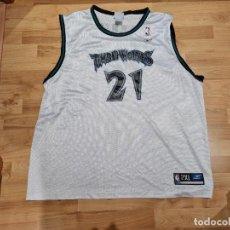 Coleccionismo deportivo: KEVIN GARNETT #21 NBA TIMBERWOLVES. Lote 288359873