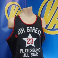 Coleccionismo deportivo: CAMISETA Nº 23 4TH STREET PLAYGROUND ALL STAR. STEVE & BARRY'S. TALLA XL AMERICANA. Lote 295029158