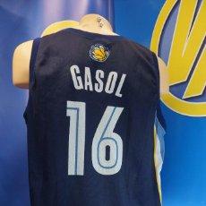 Coleccionismo deportivo: CAMISETA NBA MEMPHIS GRIZZLIES 16 PAU GASOL. CHAMPION, XL AMERICANA.. Lote 295041913