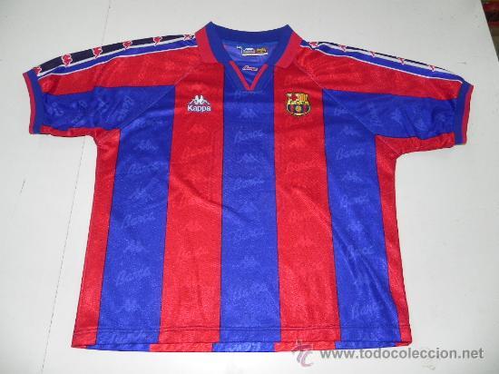 c2e3664ea94f2 Antigua camiseta original del barcelona f.c. - - Vendido en Subasta ...