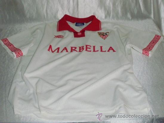 equipacion Sevilla FC deportivas