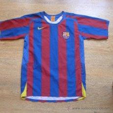 Coleccionismo deportivo: CAMISETA FUTBOL CLUB BARCELONA BARÇA RONALDINHO NIKE. Lote 32296890