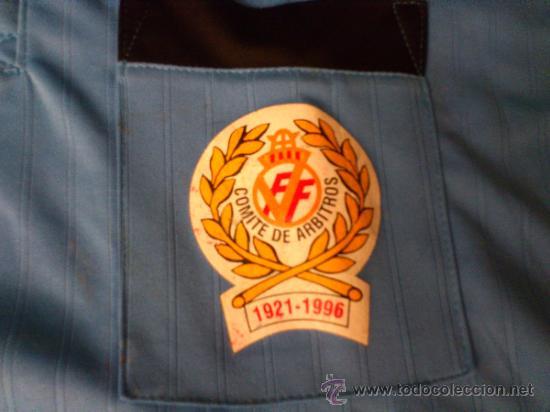 Coleccionismo deportivo: Camiseta Arbitro Puma Talla M Comite de arbitros 1921-1996 Real federacion española de futbol - Foto 6 - 35433156