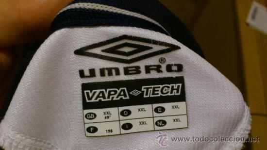 Coleccionismo deportivo: Camiseta de futbol Umbro del Manchester united Vodafone Talla XXL - Foto 5 - 38865496