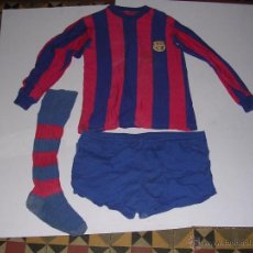 Sports collectibles: ANTIGUA EQUIPACION DEL F.C. BARCELONA AÑOS 60 DE ALGODON ,CAMISETA PANTALON Y 1- MEDIA , CAMISETA. Lote 40450698