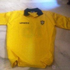 Coleccionismo deportivo: CAMISETA DE FUTBOL DE BRASIL UMBRO CON PATROCINADOR TALLA M. Lote 43384768