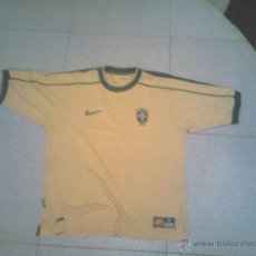 Coleccionismo deportivo: CAMISETA DE BRASIL. Lote 45689424