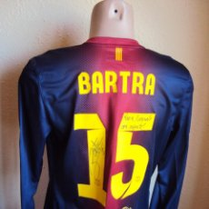 Coleccionismo deportivo: (F-1292)CAMISETA ORIGINAL DE PARTIDO DE BARTRA,F.C.BARCELONA,TEMPORADA 12-13,FIRMADA,MATCH UN WORN. Lote 83194938